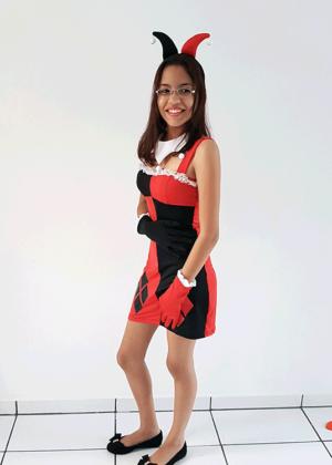 Arlequina-Tubinho-Personagem-Época-Halloween-Feminino-Adulto-Vermelho-Fantasia-para-alugar-Castelo-Fantasias-Uberlandia.png
