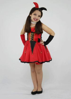 Arlequina-teen-Personagem-Feminino-Infantil-Vermelho.jpeg.png
