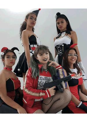 Arlequinas-e-colombinas-Personagem-Feminino-Adulto-Vermelho-Fantasia-para-alugar-Castelo-Fantasias-Uberlandia.png