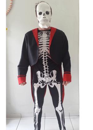 Lord-Esqueleto-Personagem-Halloween-Masculino-Adulto-Preto.png